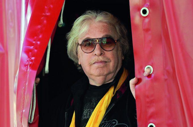 Zirkusdirektor, Clown und Sammler: Bernhard Paul, 67 – Foto: Circus Roncalli/Horst Ossinger
