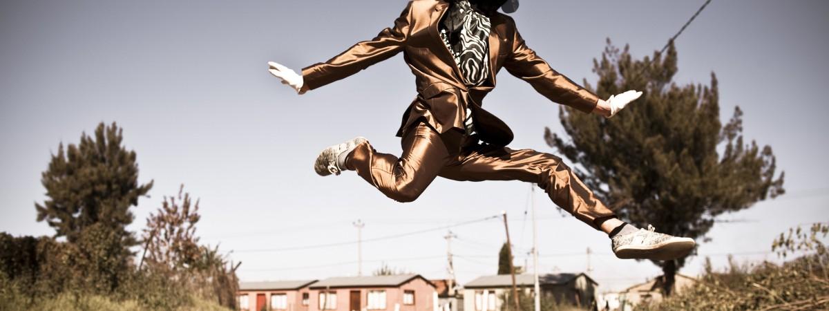 Photo shwoing DJ Invizable in Orange Farm Township Johannesburg, Copyright Chris Saunders, South Africa 2015, kl