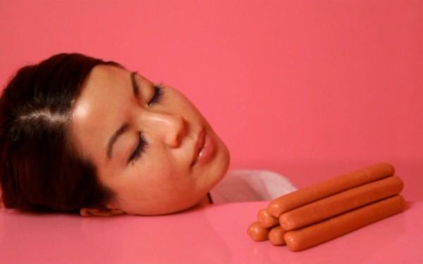 The Pink Detachment von Jen Liu (1-Kanal-Videoinstallation) copyright: Jen Liu