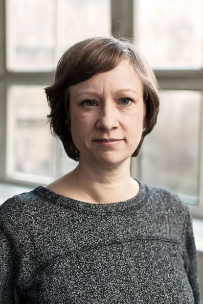 Cosima Grohmann, 39, ist freiberufliche Journalistin, Redakteurin und Mutter von Hanna, die heute 20 Monate alt ist. Inzwischen bastelt Cosima an einer Fortsetzung zum Thema Schulwahl