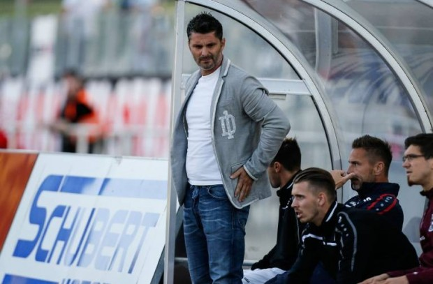 Sportdirektor Angelo Vier (BFC Dynamo Berlin) - Regionalliga Nordost Saison 2015-2016 Punktspiel Germania Halberstadt vs. BFC Dynamo Berlin im Friedensstadion - Deutschland, Fussball, Mann, Maenner,31.07.2015 Sports Director Angelo Four BFC Dynamo Berlin third division Northeast Season 2015 2016 Point game Germania Halberstadt vs BFC Dynamo Berlin in Peace Stadium Germany Football Man Men 31 07 2015Foto: imago