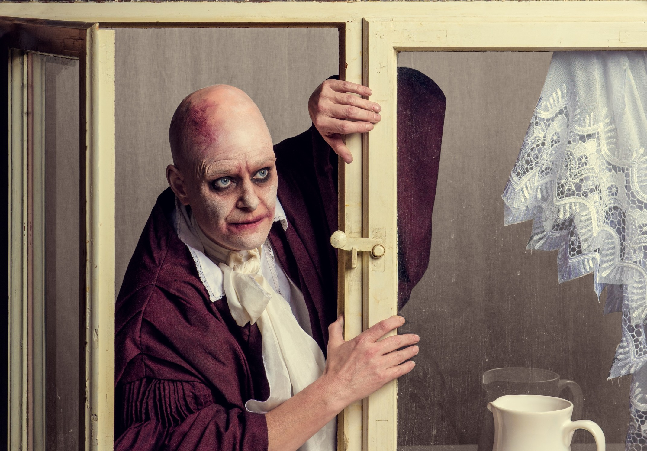 Eine Wonne: Carsta Zimmermann als Dorfrichter Adam – Foto: KIKE Photography