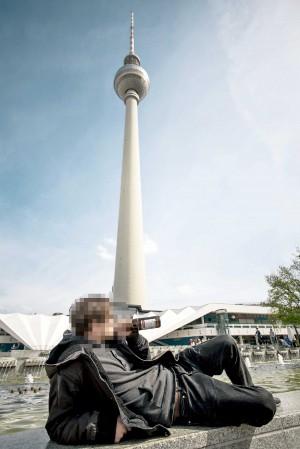 verboten: Trinken am Fernsehturm