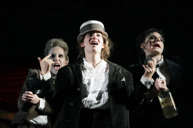 Kulturzombies: Anne Haug, Stella Hilb, Eva Bay – Foto: Ute Langkafel/Maifoto