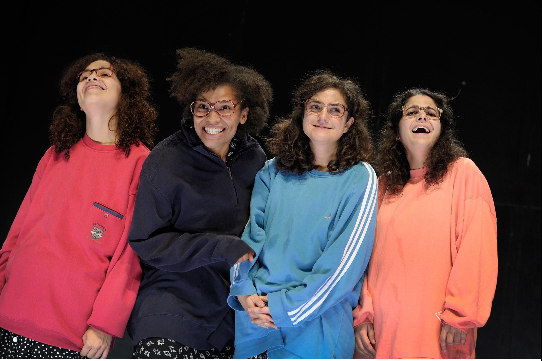 Diese Frauenpowergang ist eine Wucht: Jankowski, Micas, Gürler, Abdel-Maksoud – Foto: Thomas Aurin
