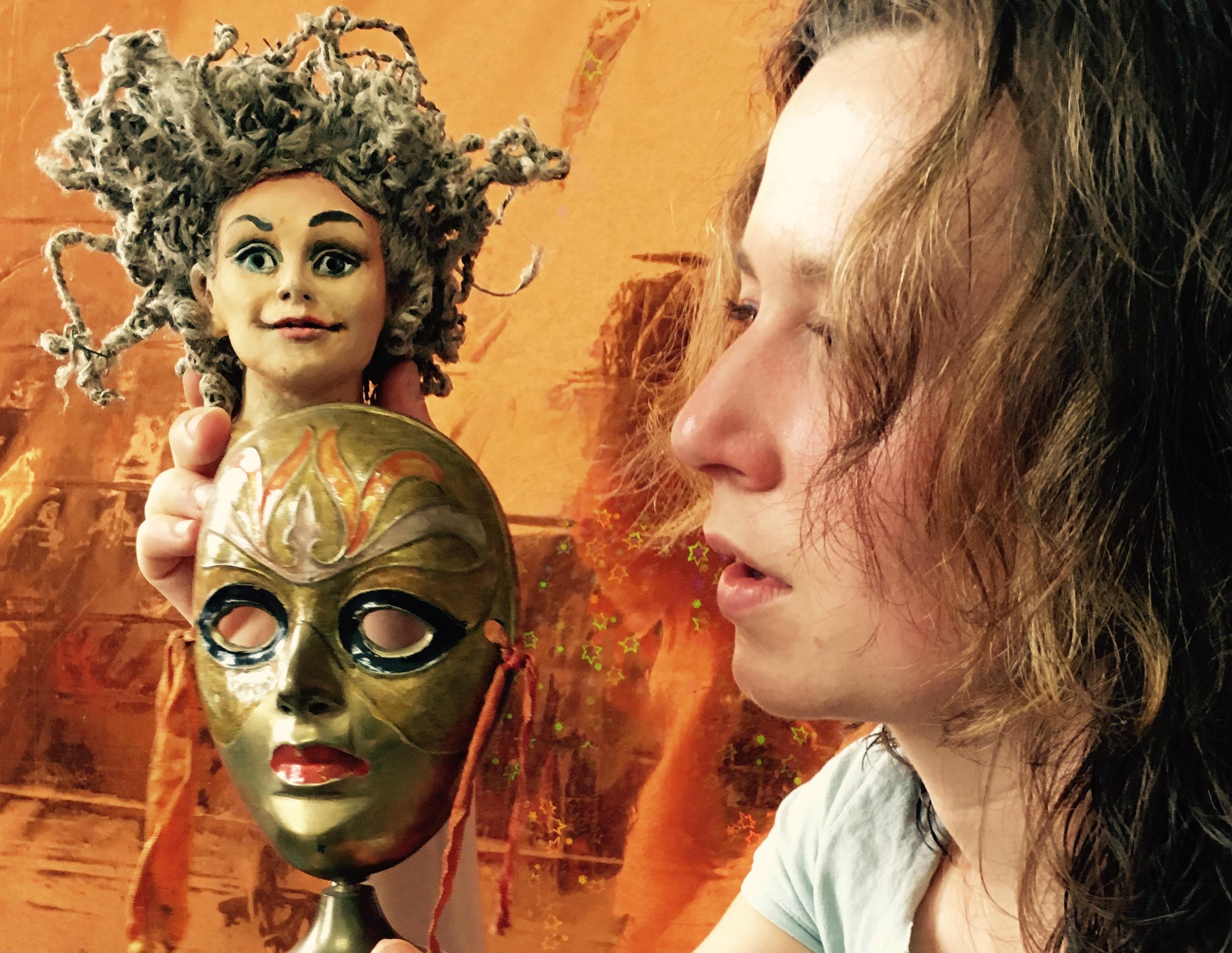 "Mythos reloaded: Sandy Schwermer zeigt ""Elektra. Landing"", ein Figurentheater mit Livemusik – Foto: Sandy Schwermer"