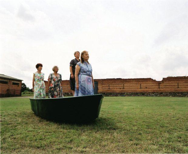 """Aus dem Schaffen der Endmoräne: Susu Grunenbergs """"An Bord"""", Performative Installation 2008"""