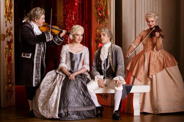 Klassikhäppchen und barockisierende Kostüme? Unser Autor war sehr skeptisch – und wurde überzeugt – Foto: Axel Schmidt / Berliner Residenz Konzerte
