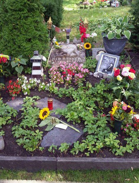 Grab von Rio Reiser auf dem Alten St. Matthäus-Friedhof in Schöneberg – Foto: Friedhelm Teicke