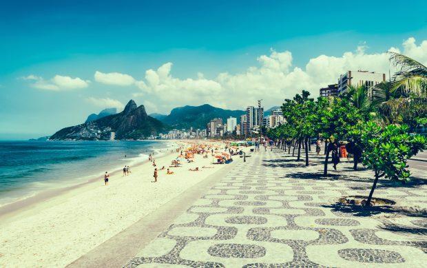 Strand, Palmen und ein Halbmarathon vor fantastischer Kulisse warten in Rio de Janeiro. fotolia.com | © ekaterina_belova