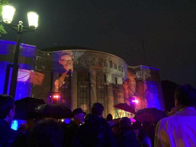 Milan Peschel singt zum Abschied der Volksbühne, wie wir sie kannten – Foto: -icke
