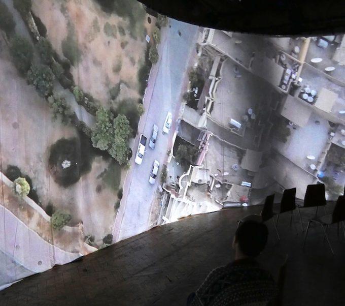 Mittendrin statt nur dabei: Drohnenbilder von Ölfeldern im Irak und Norwegenals 360°-Film im Rundhorizont projiziert – Fotos: Costa Compagnie