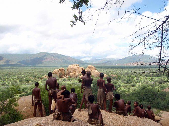 Die Buschmänner in vertrauter UmgebungFoto: Dropout Cinema
