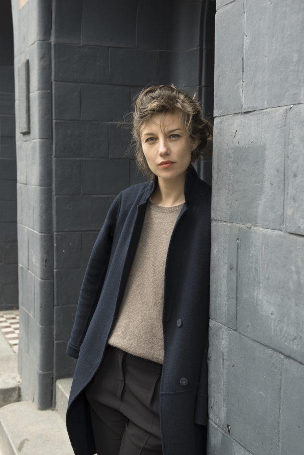 Radikal und kompromisslos in ihrer Formsprache: Susanne Kennedy – Foto: Franziska Sinn
