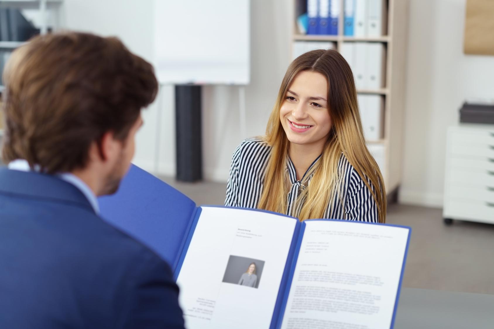 Rund um den Bewerbungsprozess: Auf dem Weg zum ersten Job - ZITTY