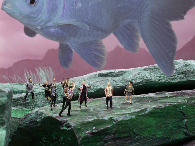 """Neue Tanzfabrik-Debütanten: Die Künstlergruppe Suddenly zeigt bei der Jubiläumsausgabe von Open Spaces ihre erste Arbeit """"Limitation piece 2"""" – Foto: Tarvo Tangsoo"""