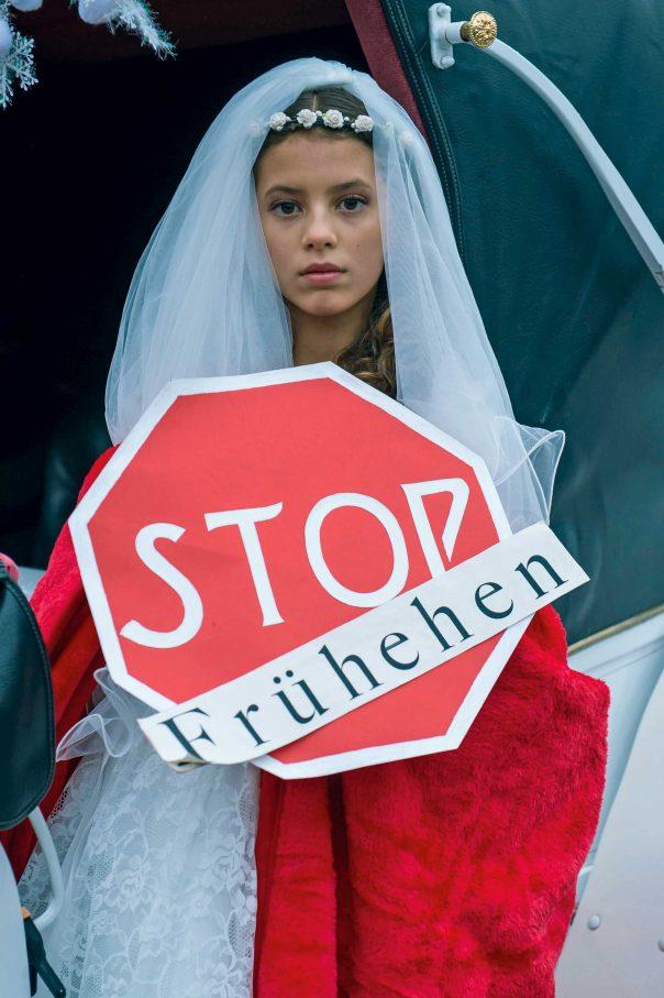 Protestaktion der Frauenrechtsorganisation Terre des Femmes gegen die  Zwangsverheiratung von jungen Mädchen, vor knapp drei Jahren in Berlin Foto: imago/Christian Ditsch