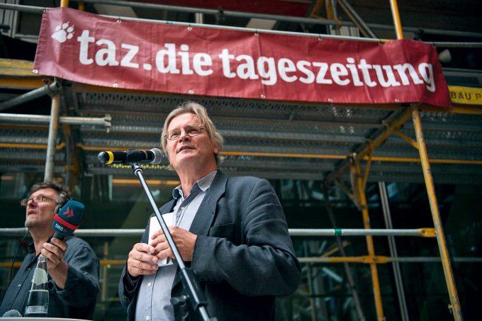 Geschäftsführer Ruch, Titelseiten aus 40 JahrenFoto: Bernd von Jutrczenka / picture alliance / dpa