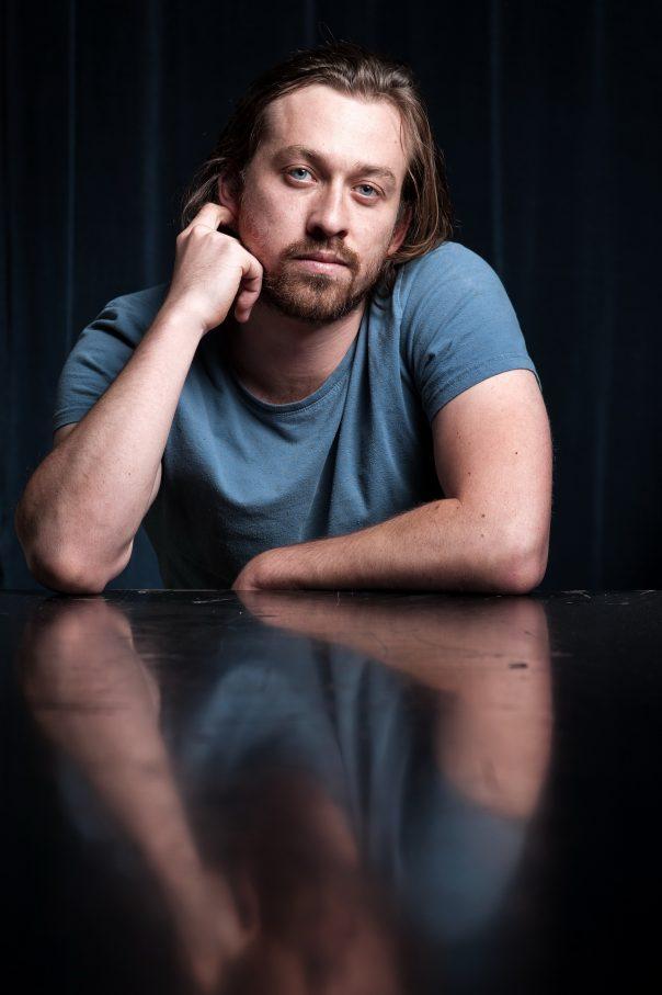 Klassiker-Überschreiber:  Der Australier Simon Stone – Foto: Reinhard Werner / Burgtheater Wien