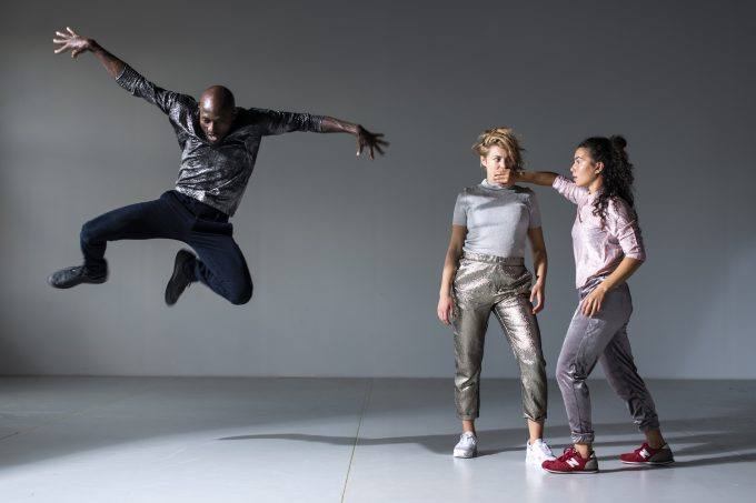 "Christoph Winkler meint choreografisch ""Shut up and dance"" – Foto: René Lîffler"