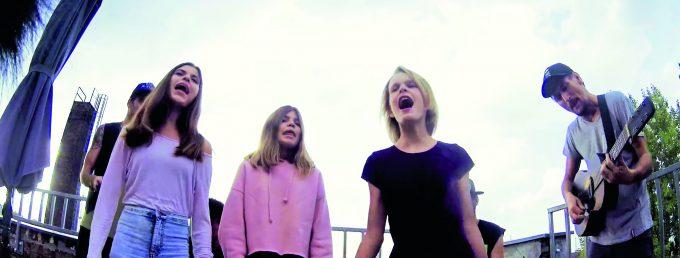 Die Gäng beim ZITTY-DachkonzertFoto: Joe Metzroth