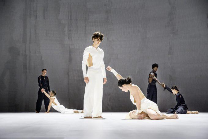 Im Rausch der Assoziationen: Ensemble – Foto: Julian Röder