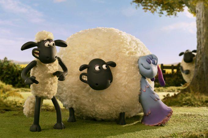 So wollige Schafe hat LU-LA noch nie gesehen. Und eigentlich hatte LU-LA noch ¸berhaupt nie welche gesehen.