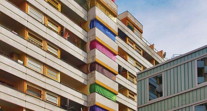 "Kotti Shop: ""The Nail, The Colours, The Mast"" in der Reihe ""Kotti L'amour"", 2012"