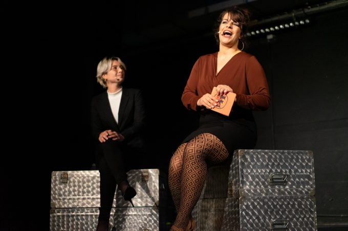 Voller Einsatz: Andrea Wesenberg (li.), Jenny Bins – Foto: Ilker Kahlo