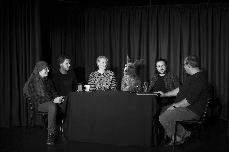 Die Känguru-Chroniken: Die Zitty-Redakteure Erik Heier und Martin Schwarz im Gespräch mit den Stars des Films