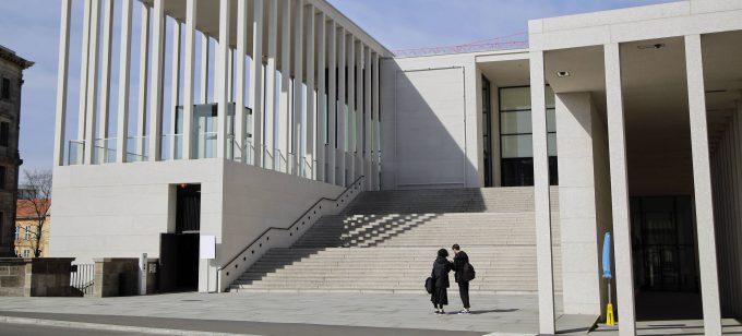 Corona-Krise:  Keine Besucher an der James-Simon-Galerie.  16 03 2020, (c) Imago Images/ Reiner Zensen