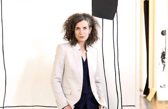 Bleibt optimistisch und kreativ: HAU-Intendantin Annemie Vanackere, 53 - Foto: Dorothea Tuch